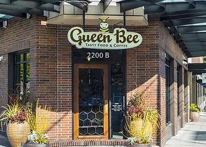 queen b 1.jpg