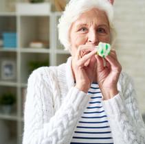 happy-senior-lady-celebrating-holiday-3P