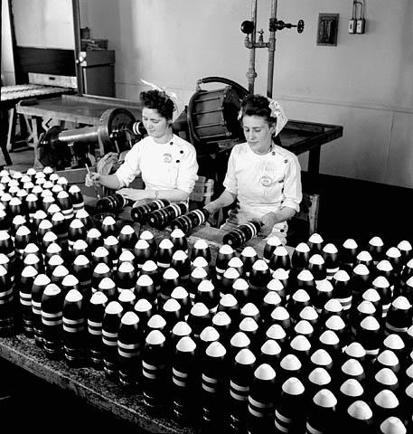 1914 à 1945 : Femmes et guerre