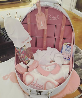 Classic Pink - Vanity including 15 baby products (0-6 months) - Tata Rachel