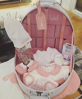 Classique Rose -Vanity incluant 15 articles bébé (0-6 mois) - Tata Rachel