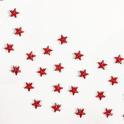 Clous étoile rouge