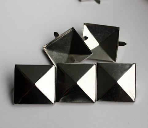 Clous GEANT pyramide argenté