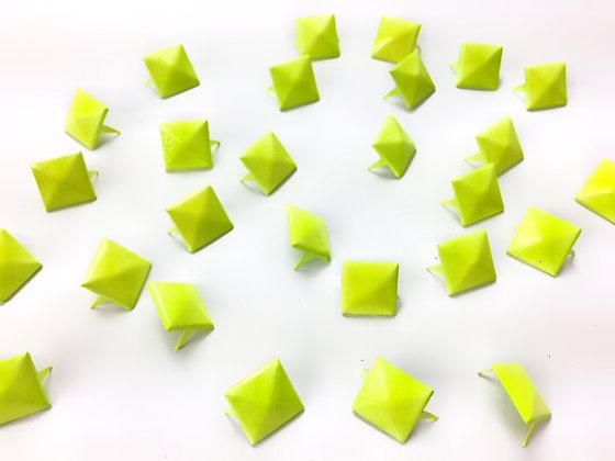 Pyramide jaune Taille.L