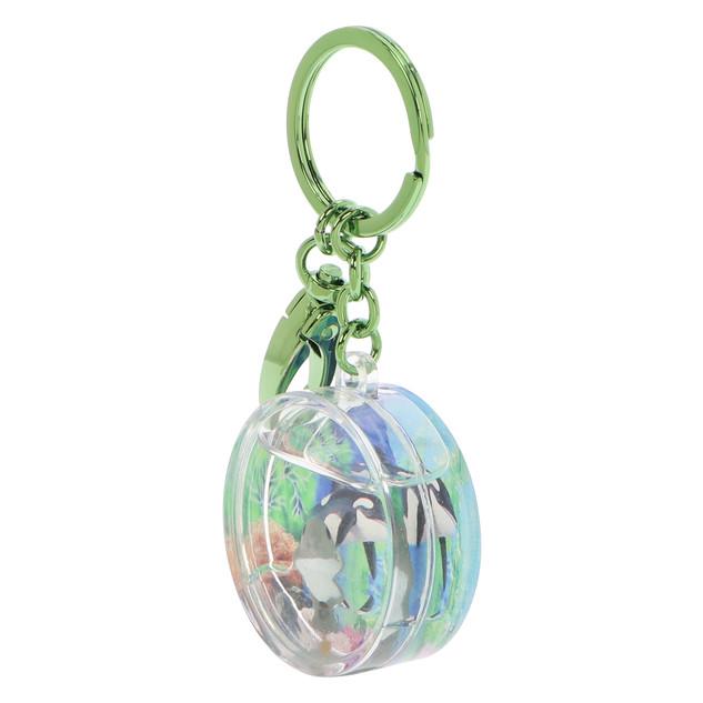 Round shaped dophlin keychain