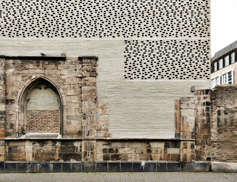 Kolumba Museum, Petersen handmade Kolumba bricks