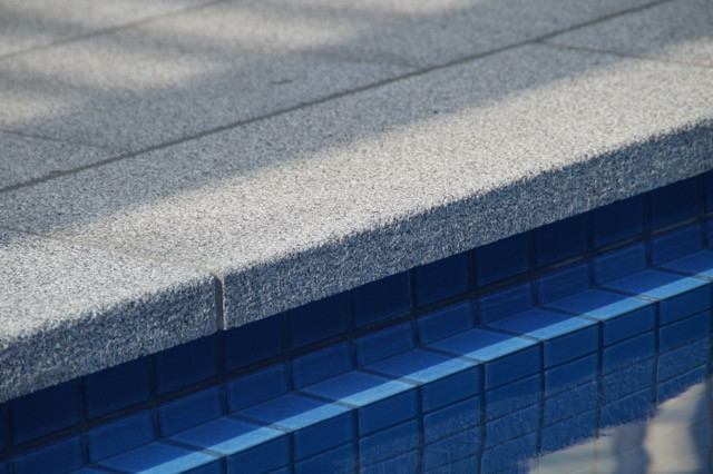 Silver Granite coping