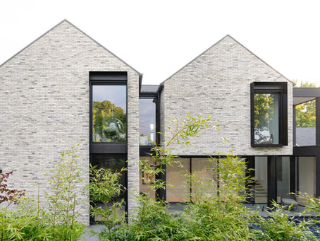 Sunset House celebrates the tactile quality of Petersen D91 bricks