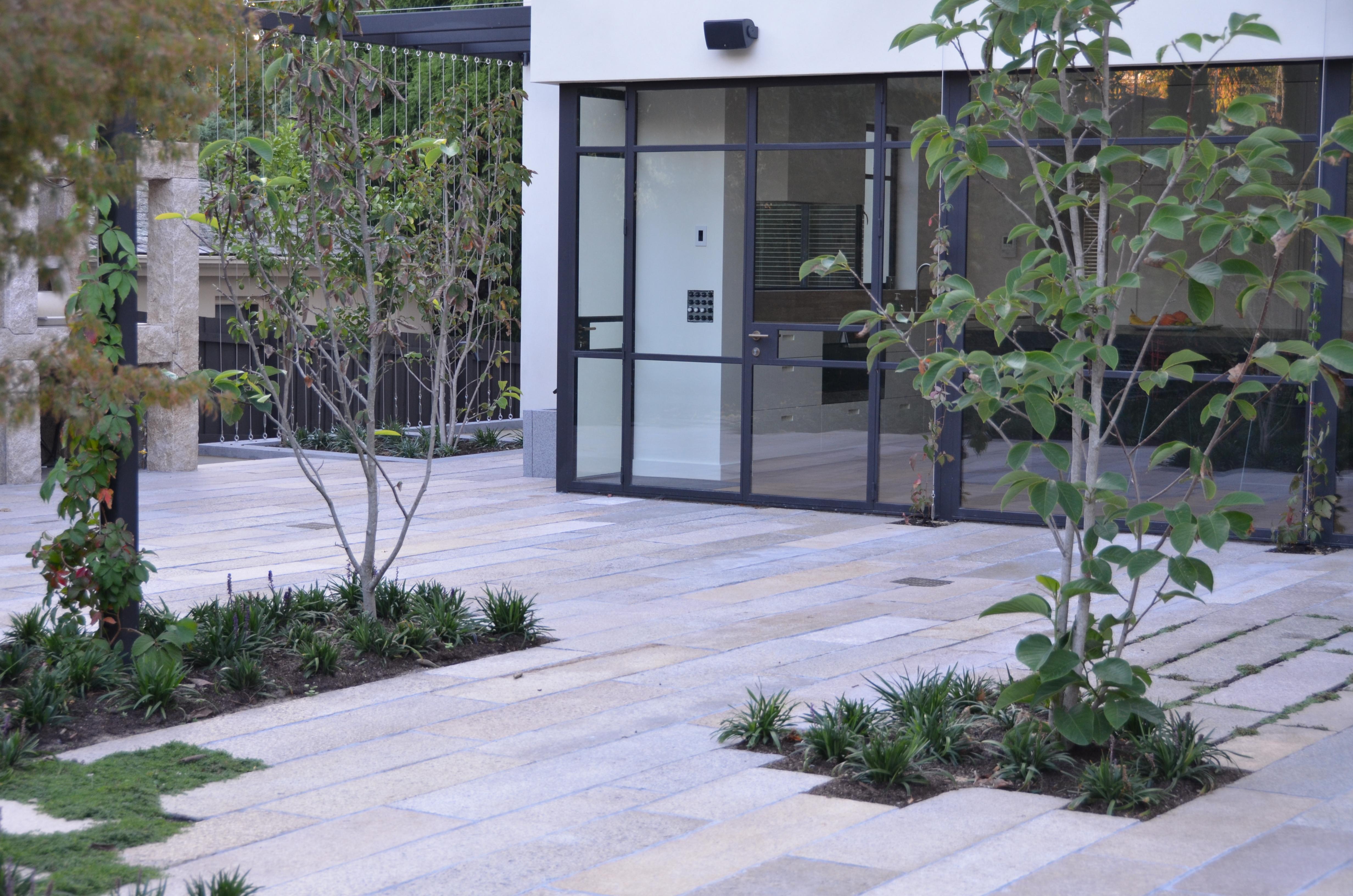 Toorak House garden