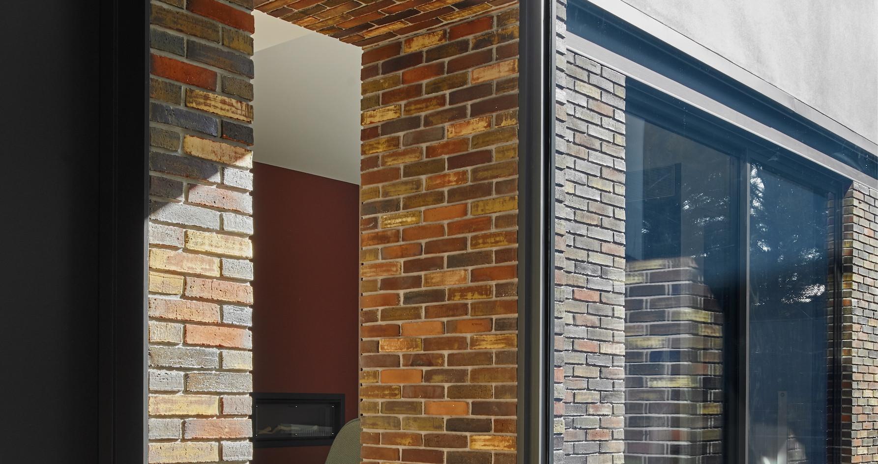 Petersen bricks, D47 and D48 bricks