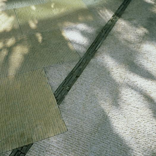 Rhodes Stone paving blend