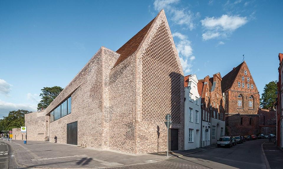 The European Hansemuseum, Lübeck, using Petersen custom made brick