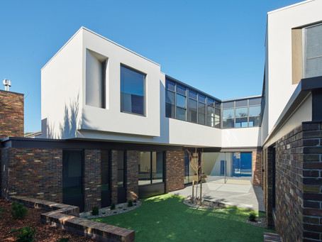 A unique Petersen brick combination creates a warm and private retreat in Glen Waverley