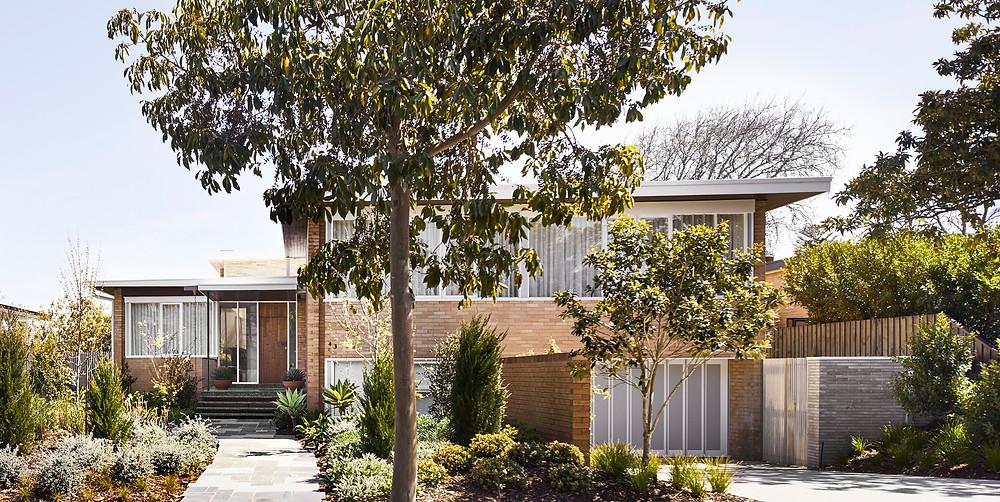 Caulfield North House, Krause Emperor Bricks, in Ghost