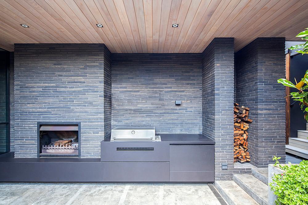Petersen K55 bricks used on an inside/outside wall