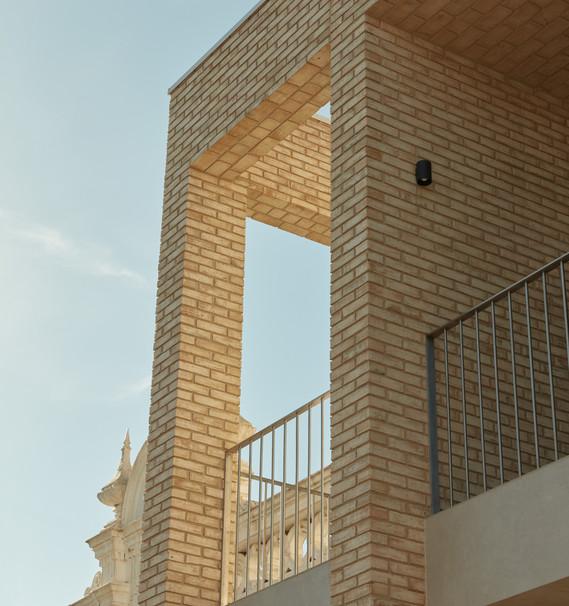 Petersen D71 handcrafted bricks