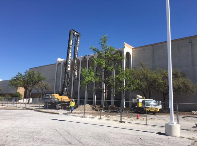Valley_View_Mall_Demolition_Dallas_TX_7.jpg