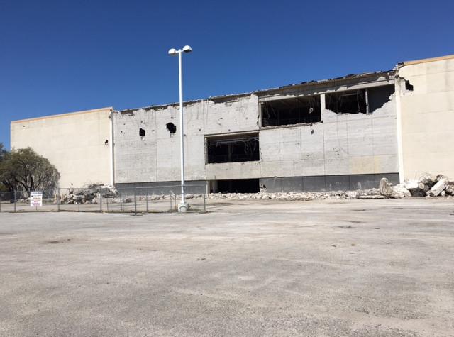 Valley_View_Mall_Demolition_Dallas_TX_10.jpg