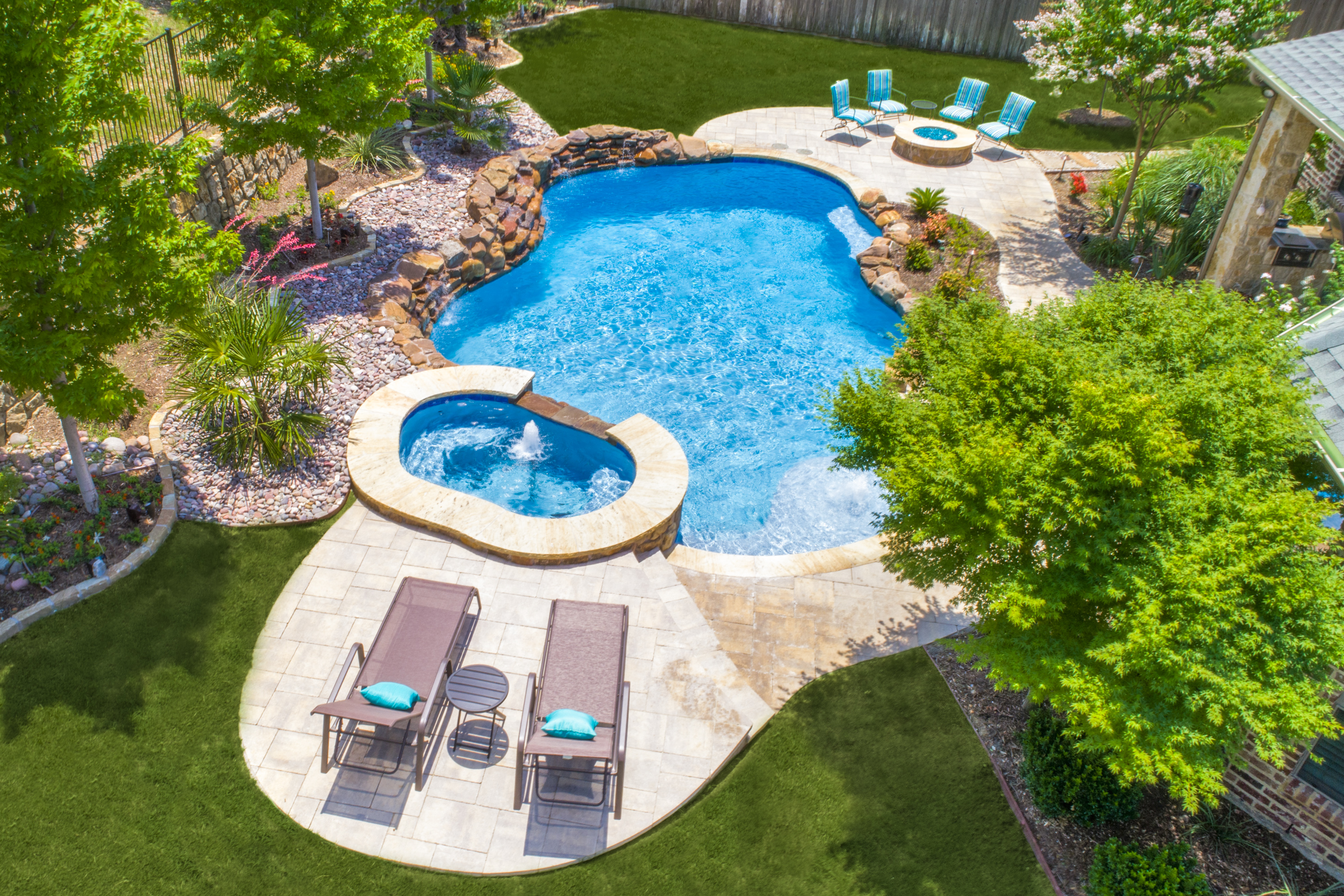 Gold_Medal_Pools-Residential_Pool_Free_Form_Style-Plano-TX-11