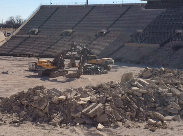 Lloyd Nabors Demolition 26.jpg