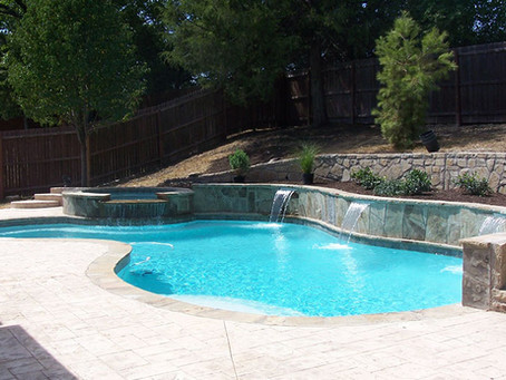 Premier Pool Builder in Dallas Texas