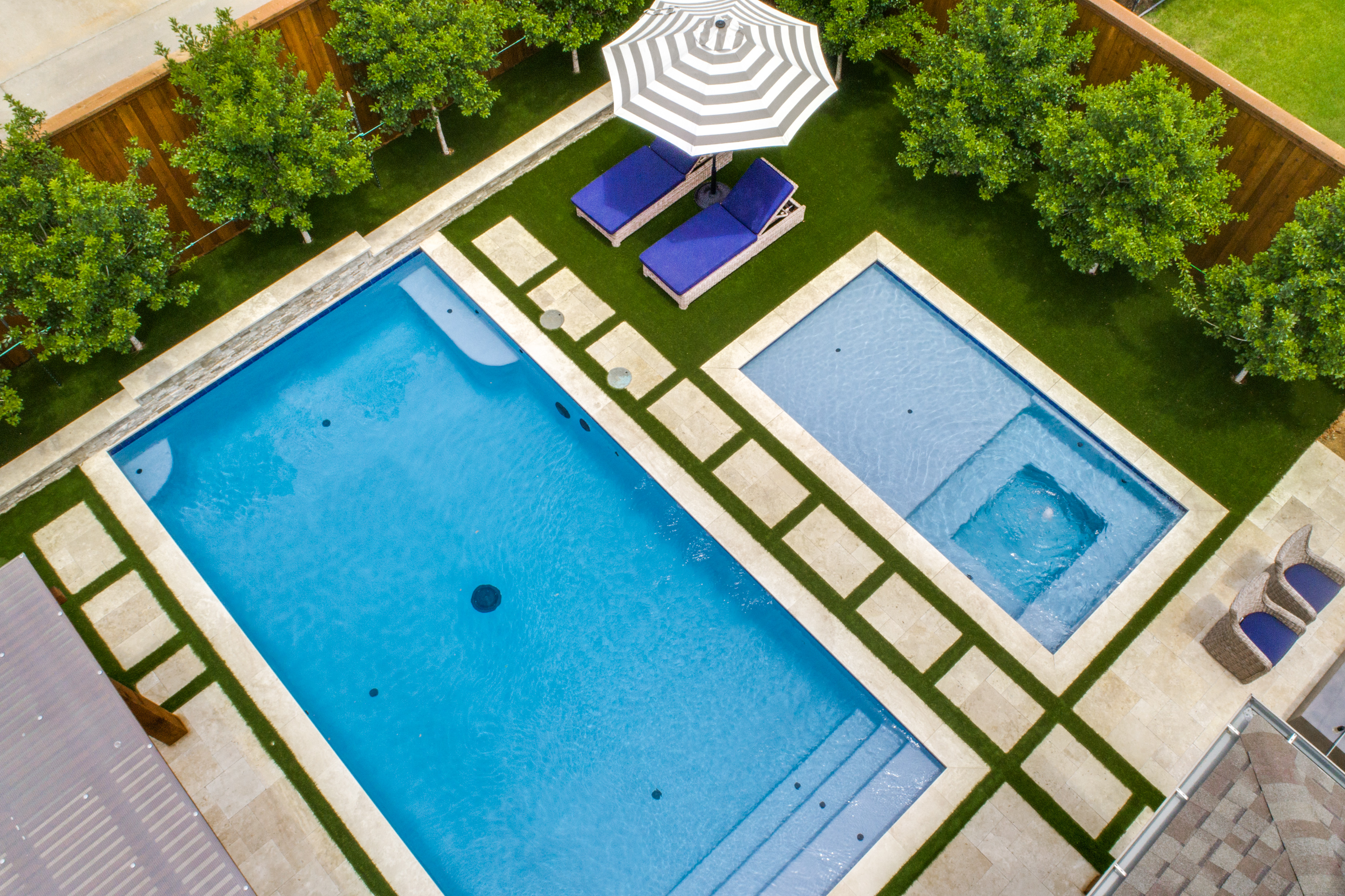 Gold_Medal_Pools-Residential_Pool_Straight_Line_Style-Frisco-TX-15