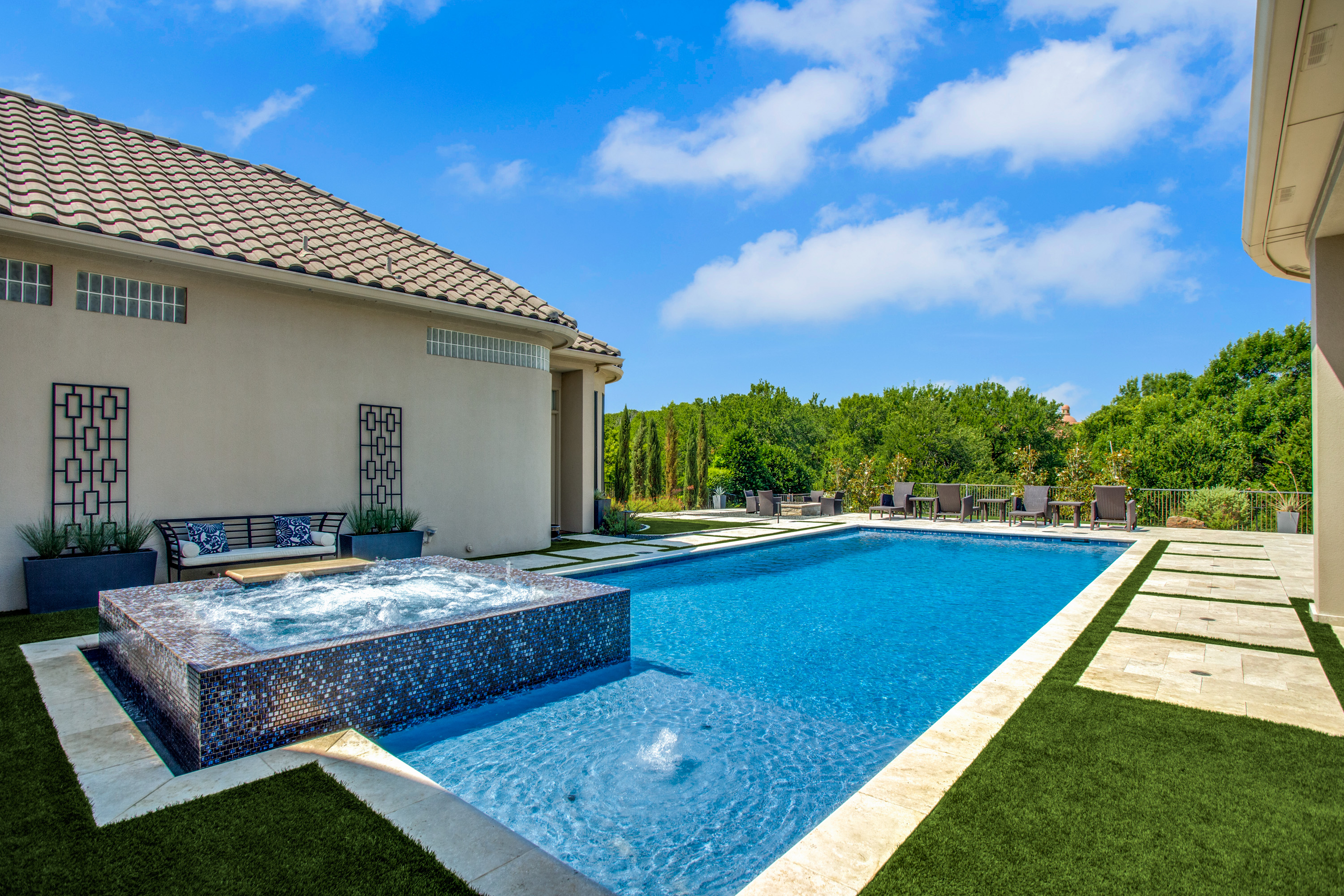 Gold_Medal_Pools-Residential_Pool_Straight_Line_Style-Frisco-TX-1