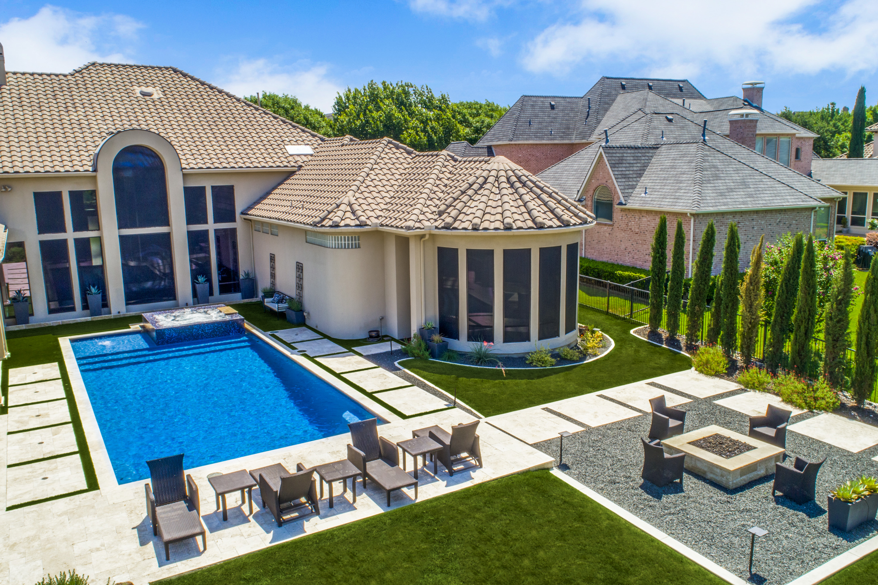 Gold_Medal_Pools-Residential_Pool_Straight_Line_Style-Frisco-TX-14