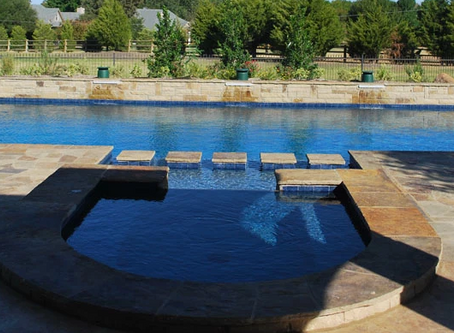 Add a Spa to Your Custom Swimming Pool Design
