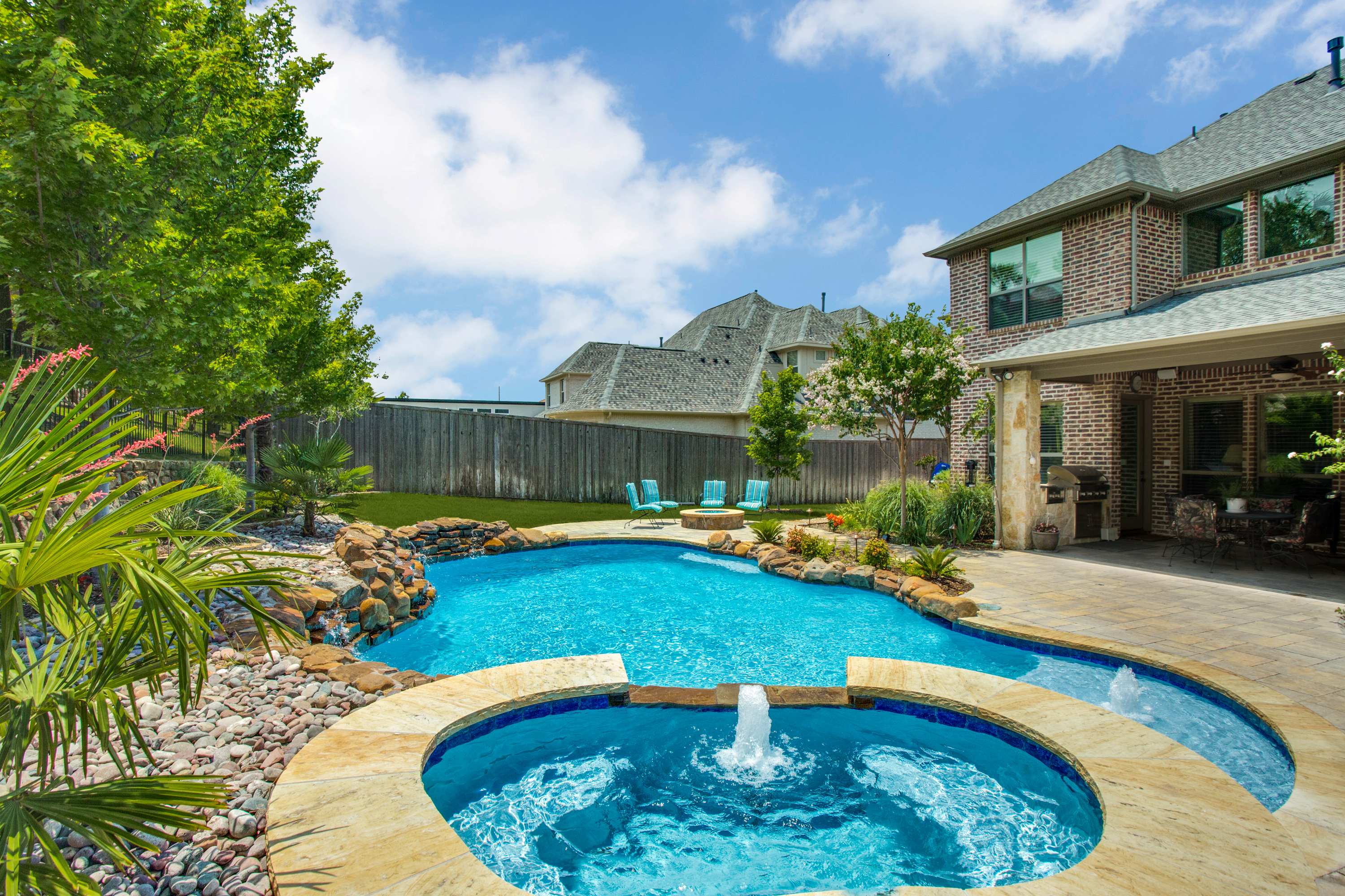 Gold_Medal_Pools-Residential_Pool_Free_Form_Style-Plano-TX-5
