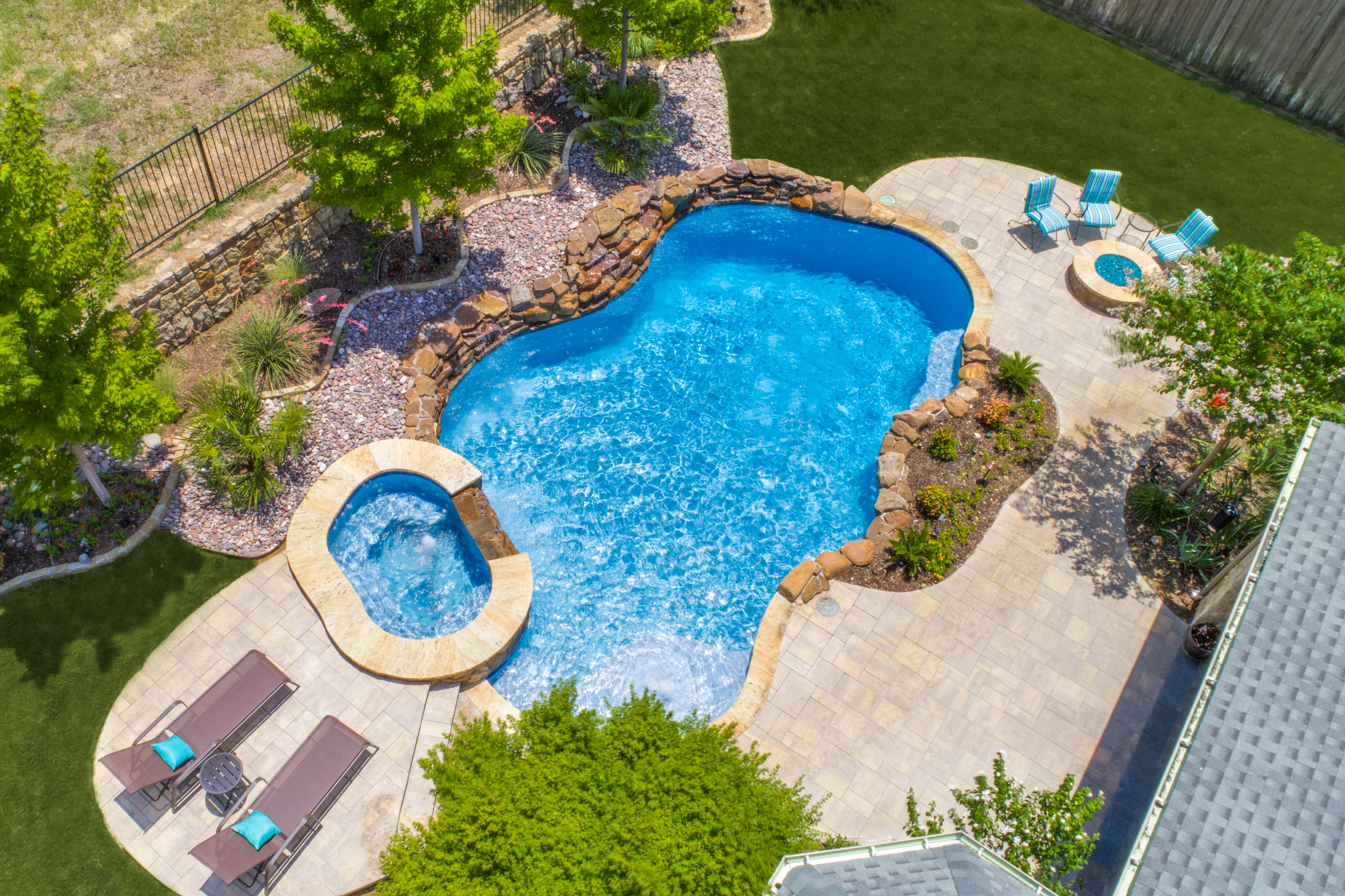 Gold_Medal_Pools-Residential_Pool_Free_Form_Style-Plano-TX-14