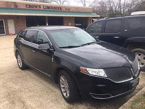 Lincoln MKT outside at Crown warehouse