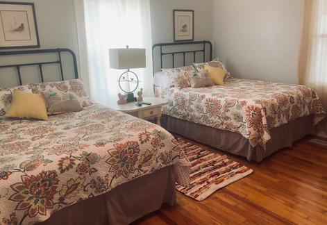 crown-northport bedroom2.jpg