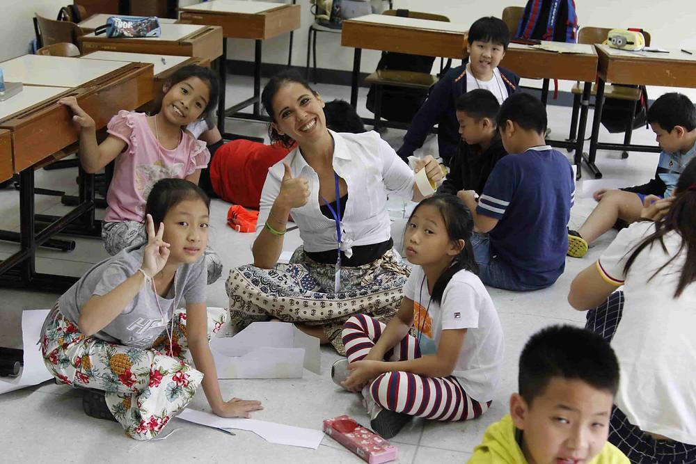 ครูต่างชาติ