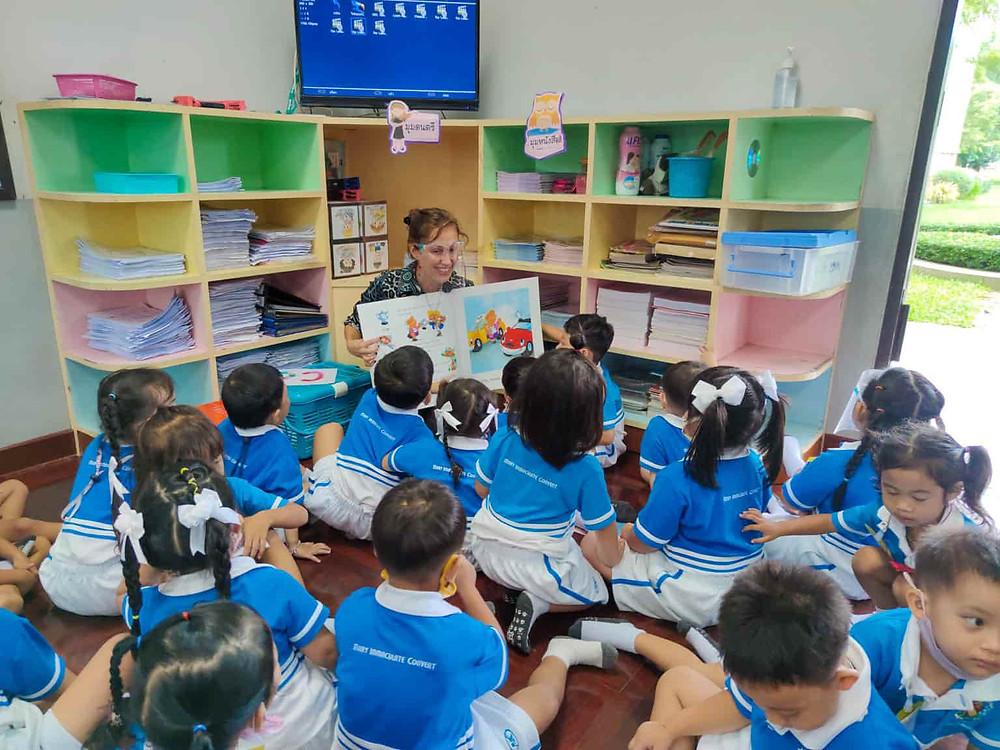 จัดหาครูต่างชาติ ครูฝรั่ง หาครูฝรั่ง