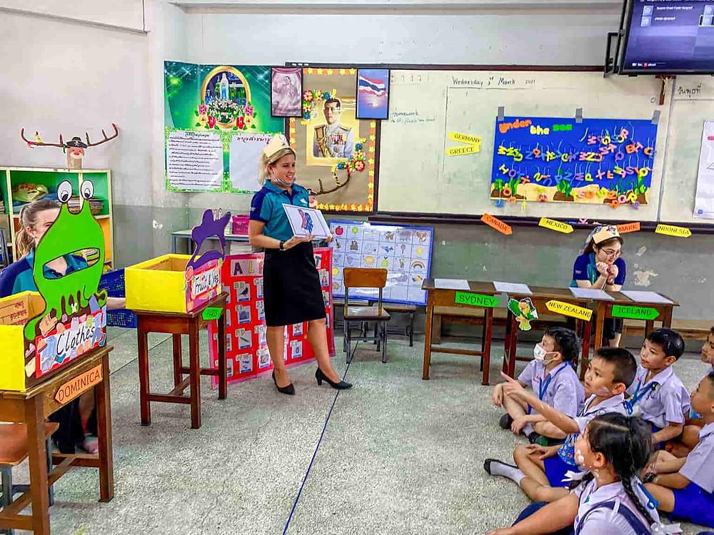 ครูต่างชาติ จัดหาครูต่างชาติ รับจัดหาครูฝรั่ง