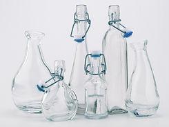 Bottiglia di vetro di acqua