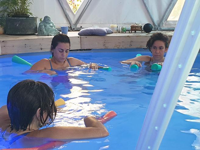 התעמלות במים לנשים