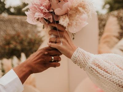 pink wedding bouquet.jpg