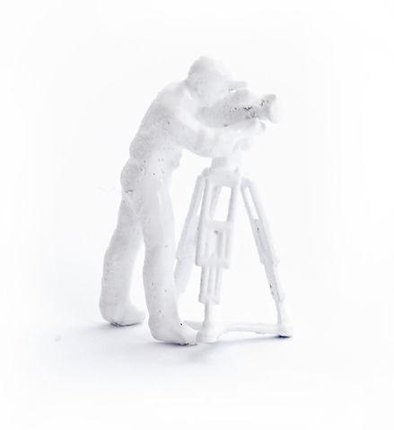 En vitmålad miniatyrfigur - soft kons