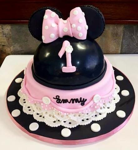 Minnie Mouse_edited.jpg