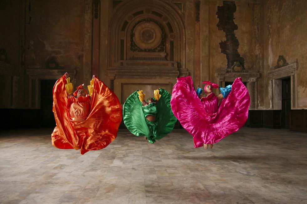 Mariella Morales, Laure Fluerentin, Gabriella Brito of Alafia Dance Ensemble by Andy Mogg