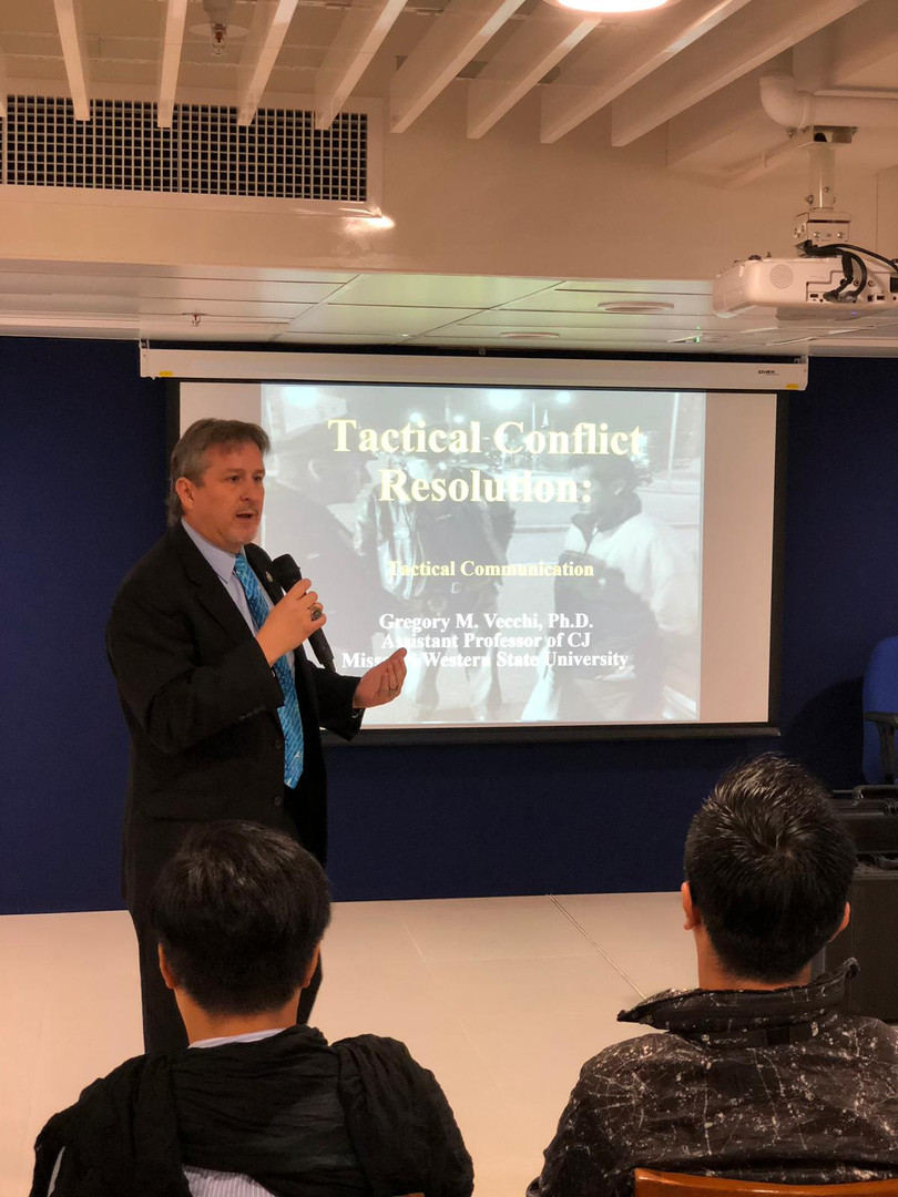 Greg training HK Police Negotiators in T