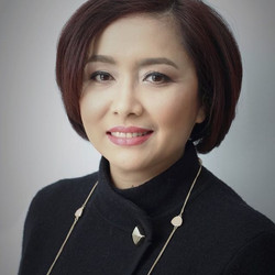 Makeup for Business photo profile.jpg Thanks to #YulianaTan photographer.jpg