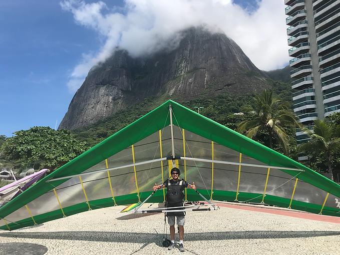 Landing Hang Gliding in Rio