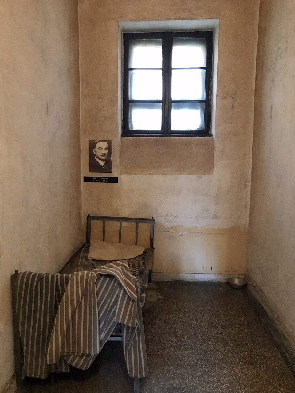 Prison cell where opposition leader Iuliu Maniu died.