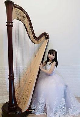 Sze Ching Kevia Ho (Harp), Hong Kong, First Place