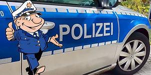 Ottokar_Streifenwagen.jpg