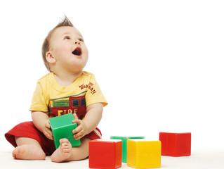 Как играть в кубики?