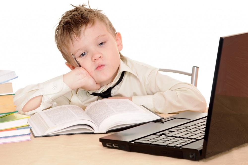 ребенок-за-компьютером.jpg